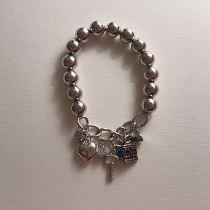 Jewelry - Silver bracelet with charms